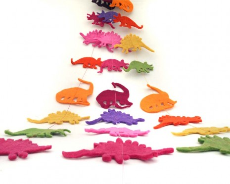 Felt String of Dinosaurs
