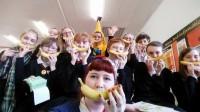 honley high banana selfie