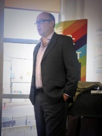 Riasca MD Stewart Marshall delivers advice to students.