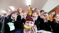 honley high banana selfie